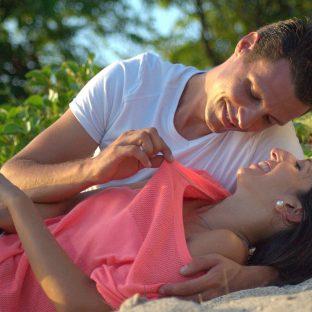 Lucie et Anthony ont passé un an à La Réunion. Ils sont arrivés ensemble et comme tous les autres ont entendu la rumeur. Ils ne sont pas laissés faire !